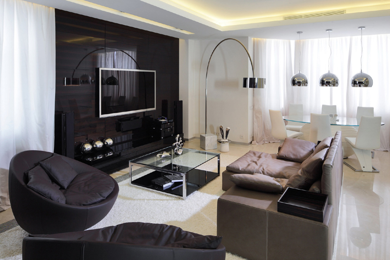 sala de tv preta e branca