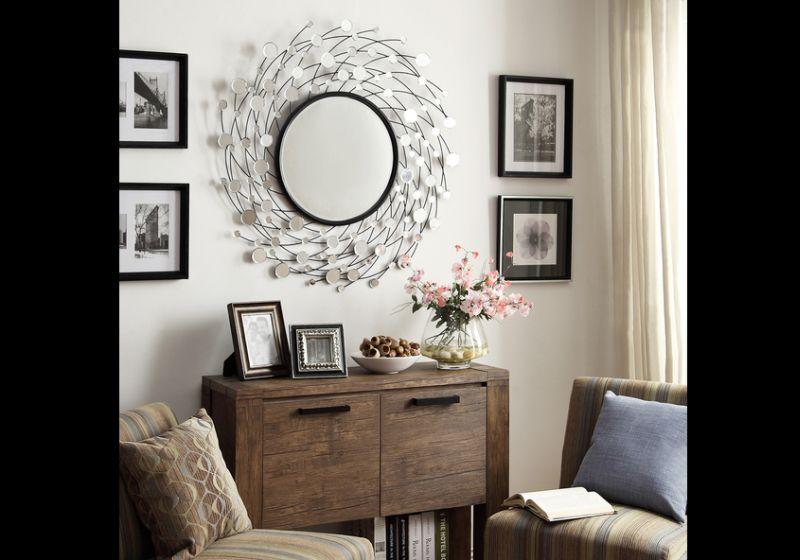 parede decorada com espelho diferente