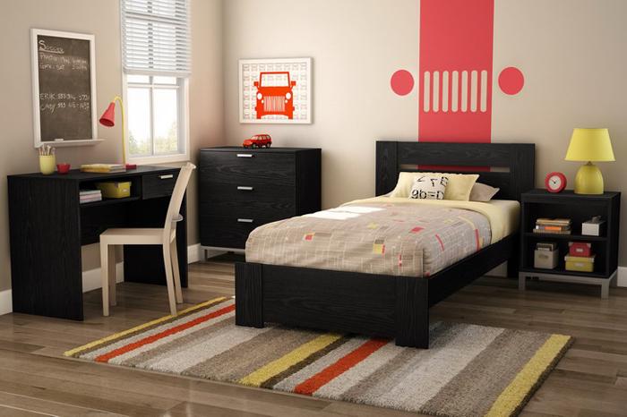 quarto de solteiro com tapete