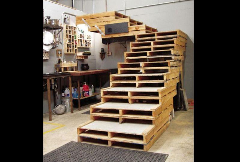 movel de pallet escada