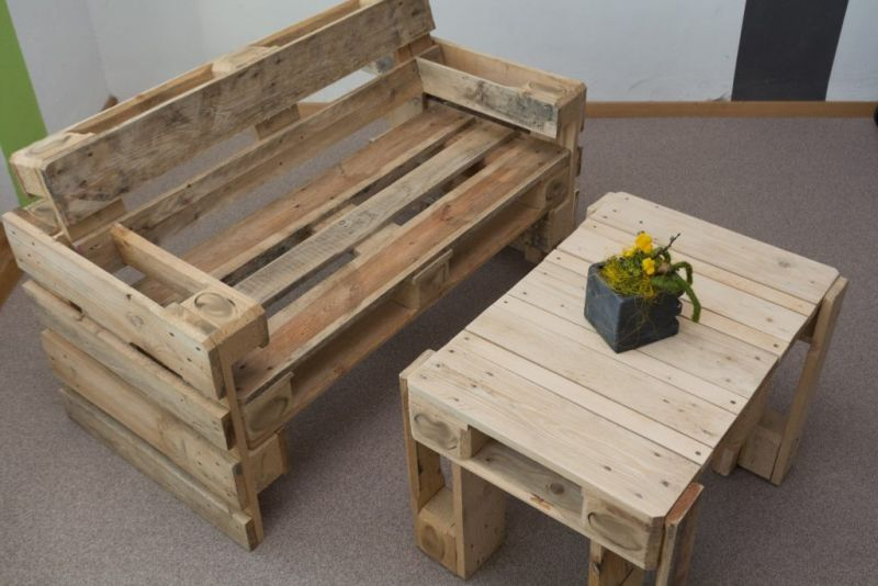 movel de pallet sofa