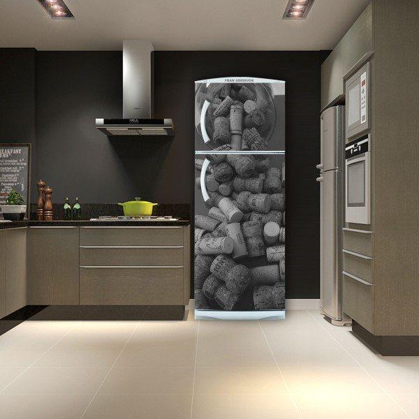 envelopamento de geladeira rolhas