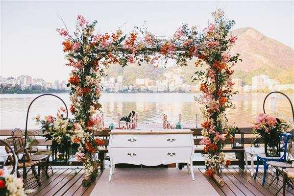 altar com flores