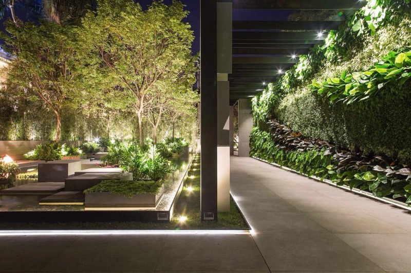 fita-led-iluminacao-jardim