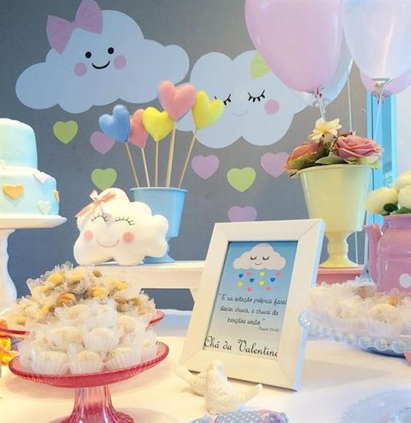decoração simples de aniversario chuva de amor