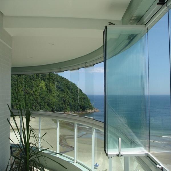 sacada de vidro cortina