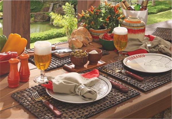 mesa posta para churrasco