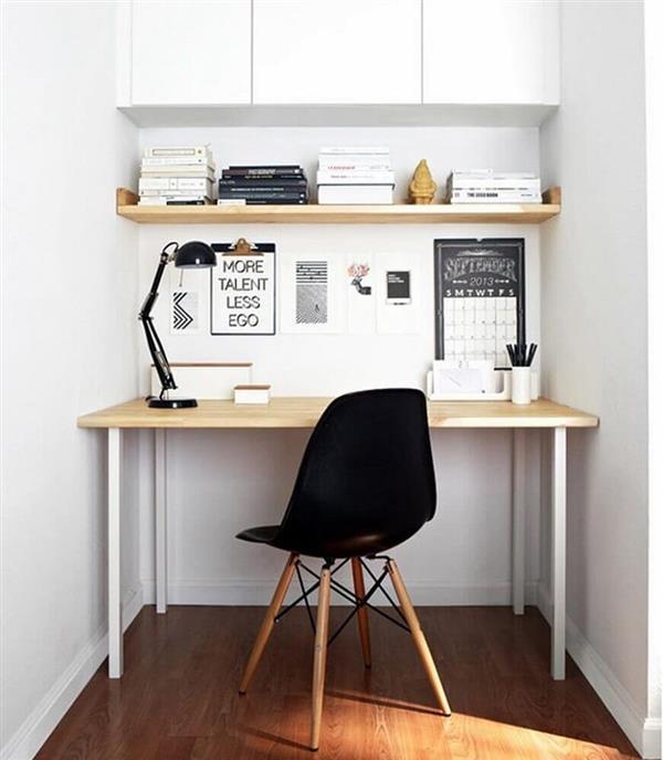 home-office-pequeno-com-decoração-simples