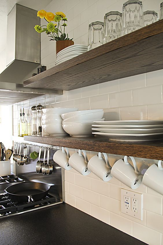 Cozinhas com Prateleiras de Vidro