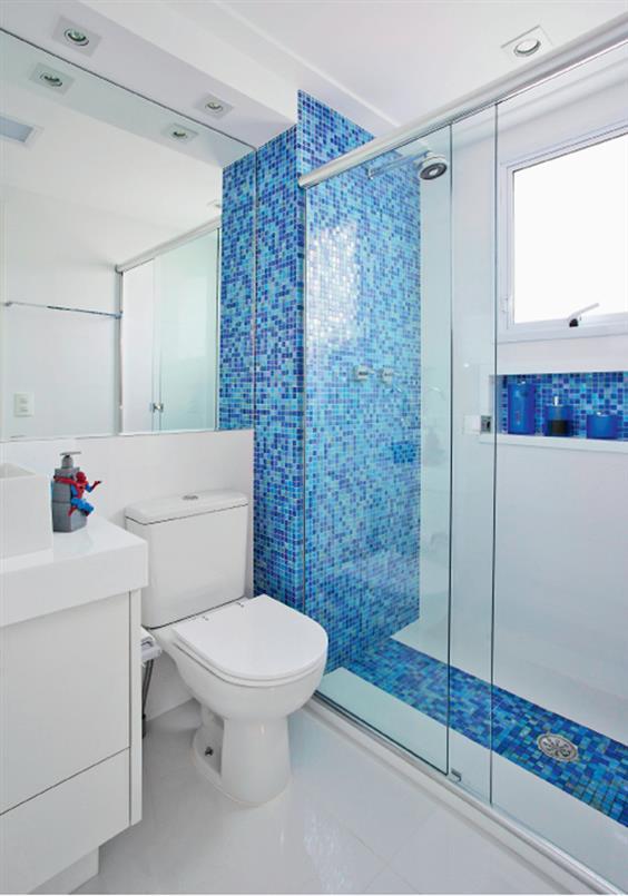 banheiro cinza branco e azul