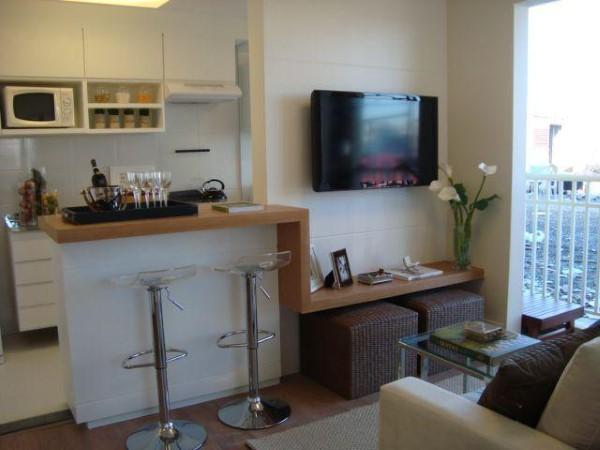 Decoração de sala de estar com cozinha americana