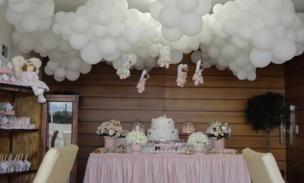 decoracao de batizado baratas com baloes
