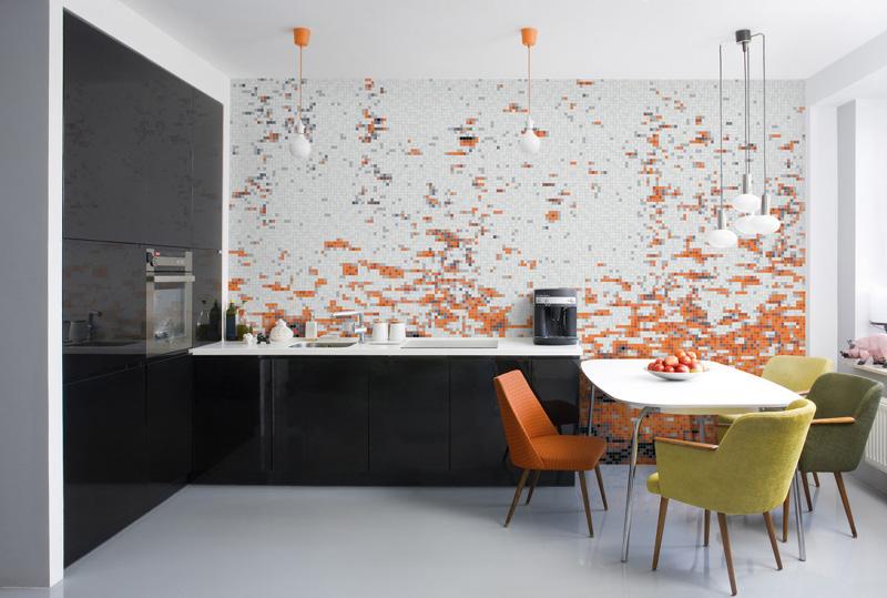 cozinha com pastilhas laranjas