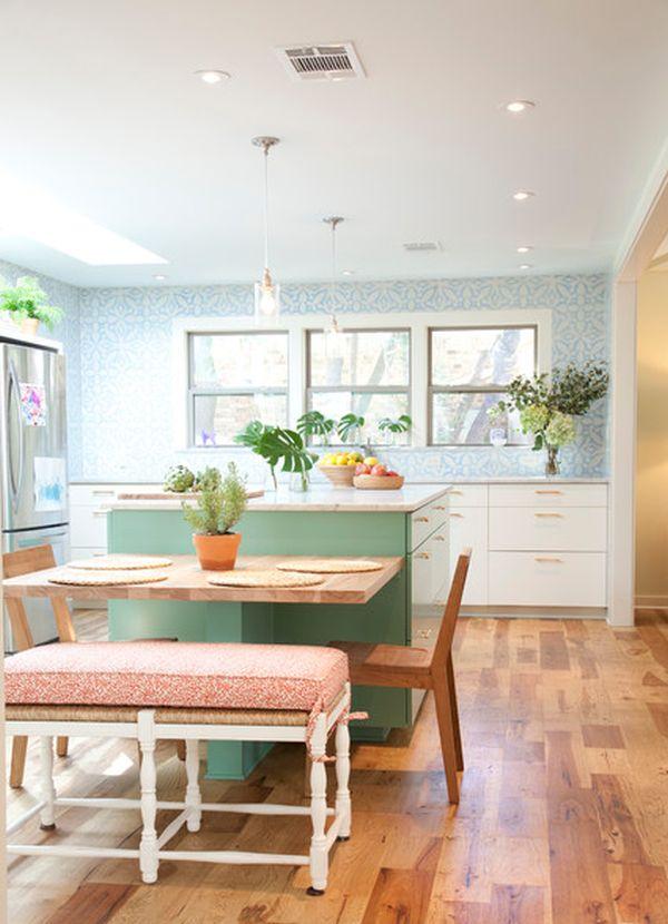 cozinha integrada com piso de madeira
