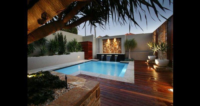 luzes na piscina