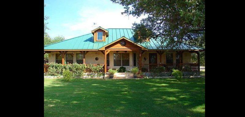 rancho telhado azul