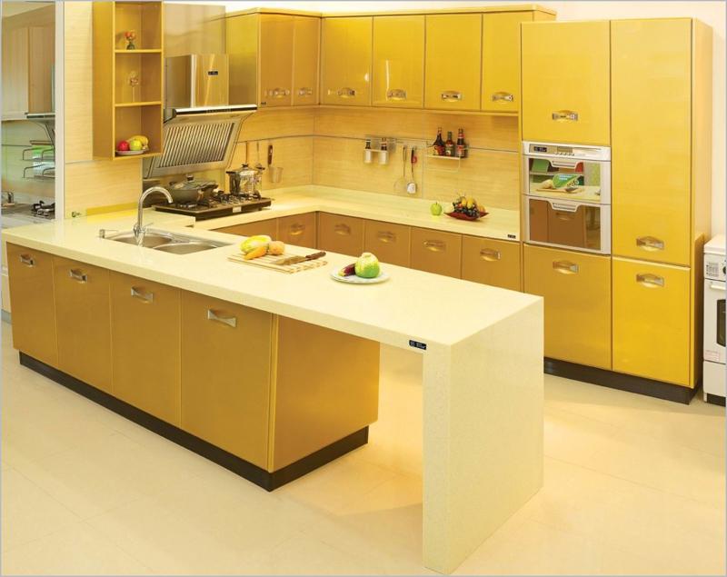 cozinha planejada toda amarela