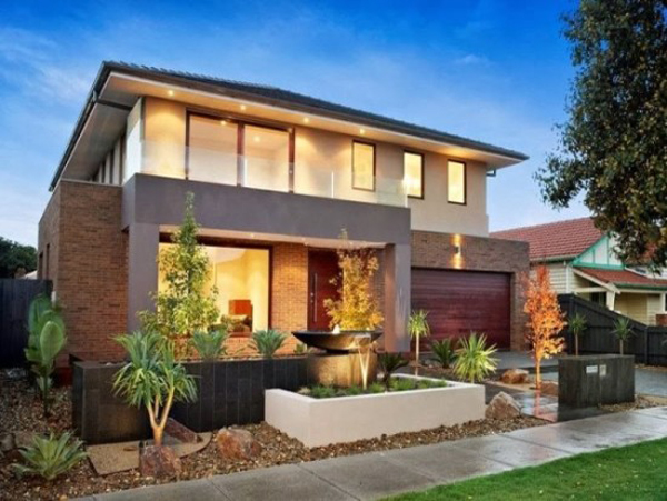 fachada de casa com plantas