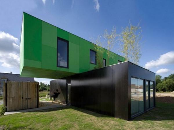 casa futurista verde