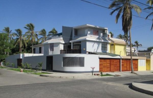 fachada de casa de esquina