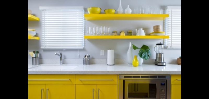 prateleira na cozinha planejada