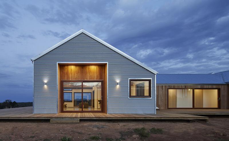 casa de campo azul