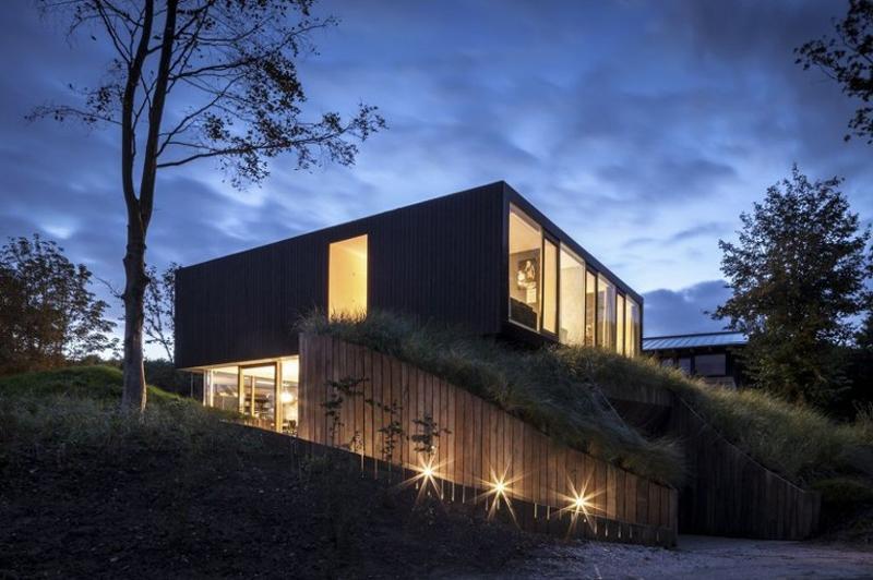 iluminação na casa de campo