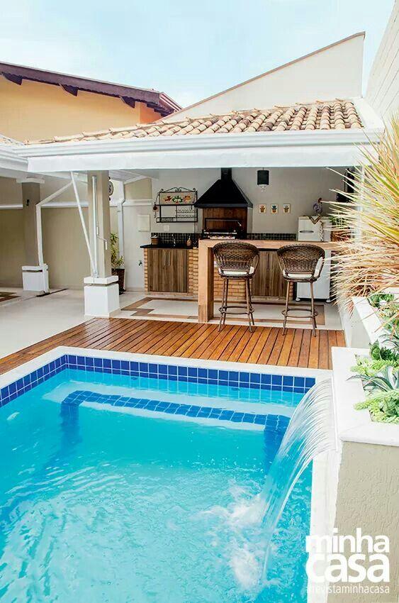 Ed cula simples com churrasqueira 69 fotos e modelos for Ideas para decorar un patio con piscina