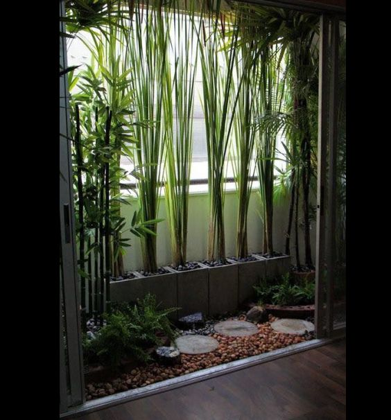 jardim interno com bloco