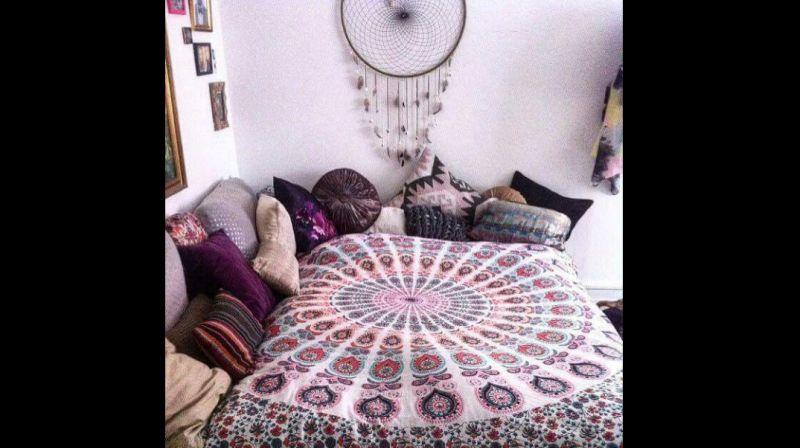 quarto com estilo hippie filtro dos sonhos