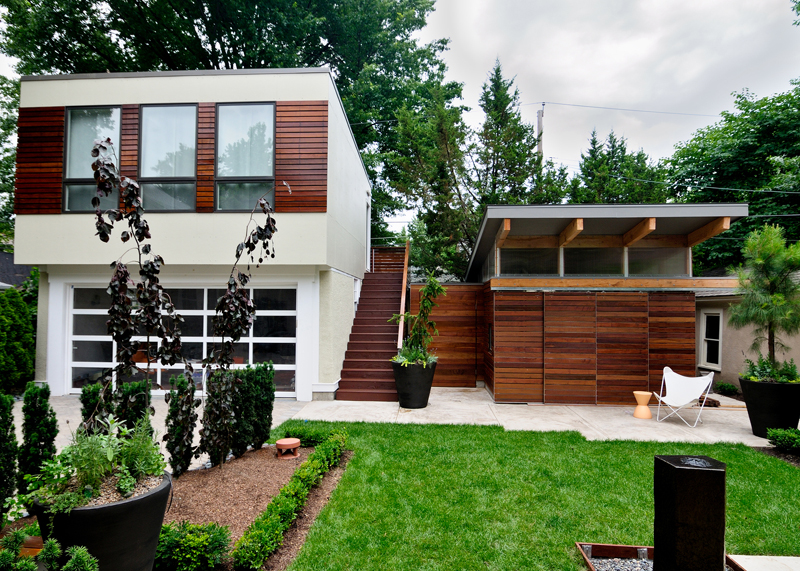 casa linda com jardim