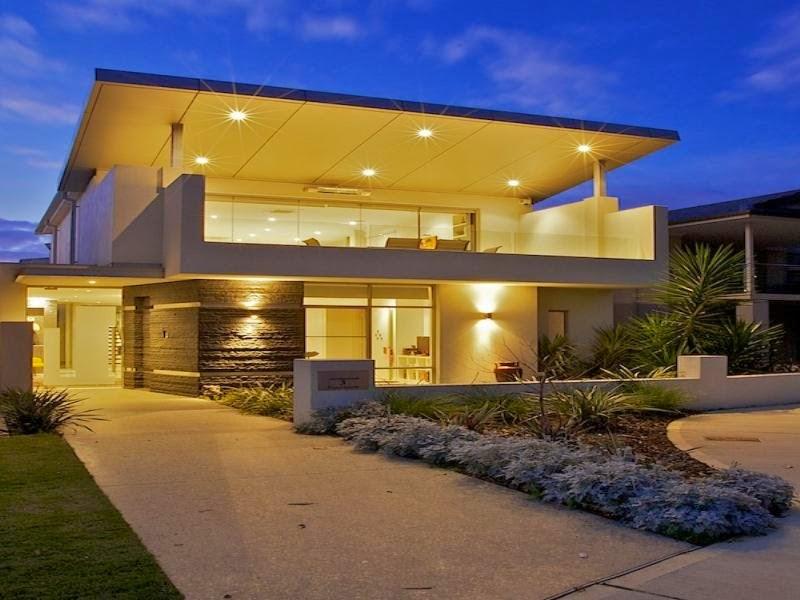 casa linda com entrada diferente