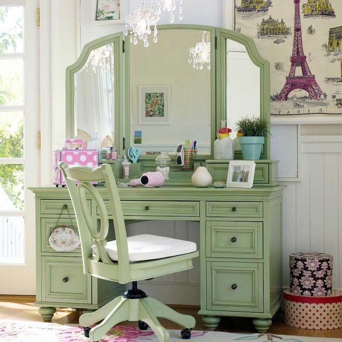 penteadeira com cadeira verde
