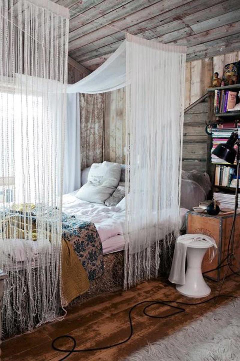 quarto com estilo hippie com franjas