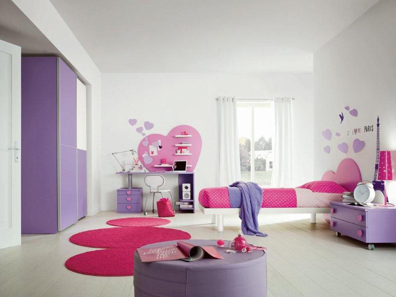 quarto infantil roxo e rosa