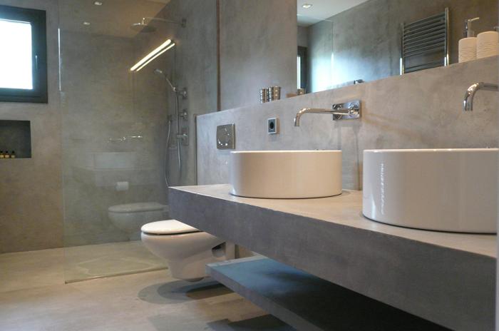 banheiro parede com concreto aparente