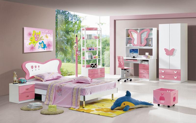quarto infantil com borboletas