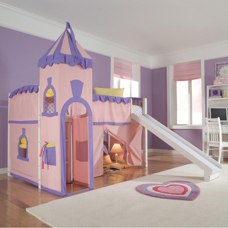quarto infantil com castelo