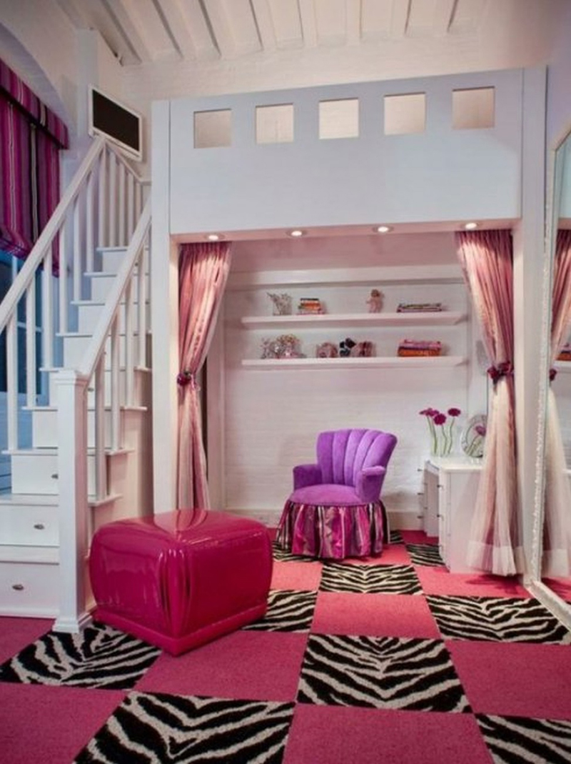 quarto infantil com escada