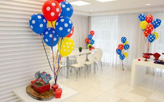 festa da Galinha Pintadinha clean