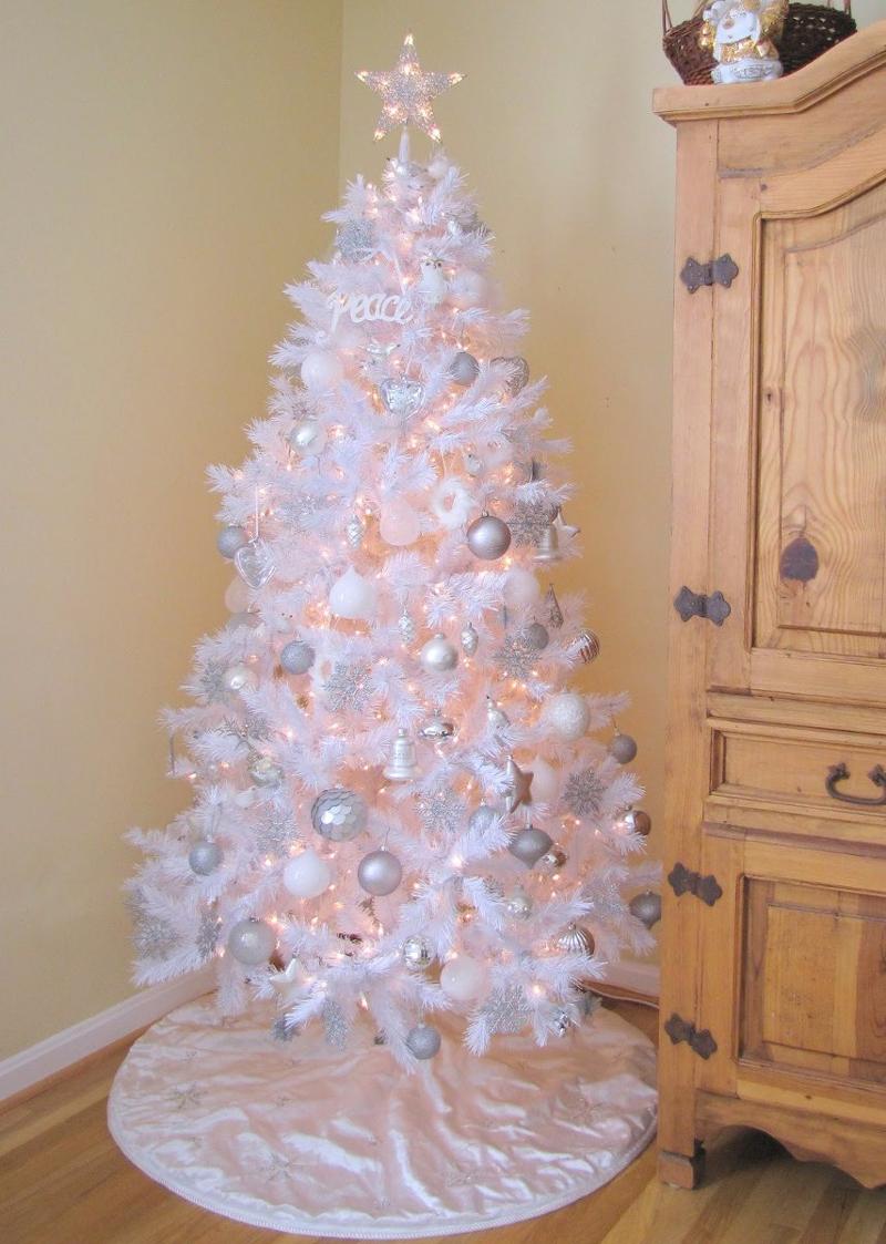 pinheiro natalino branco