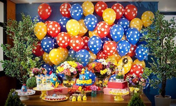 festa da Galinha Pintadinha balões