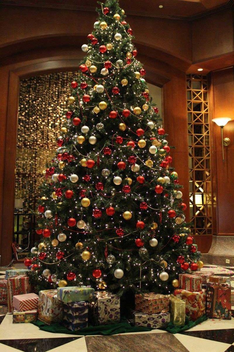 pinheiro natalino bolas