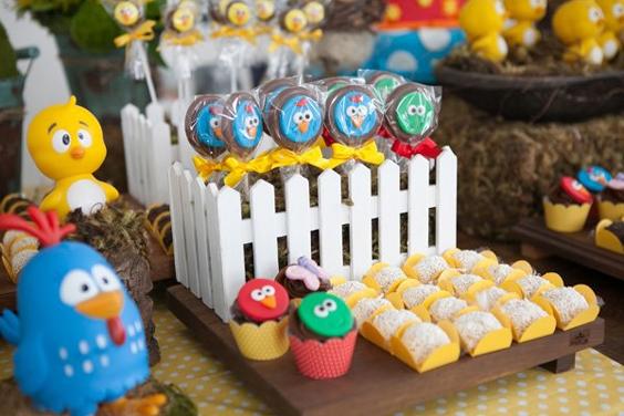 festa da Galinha Pintadinha doces