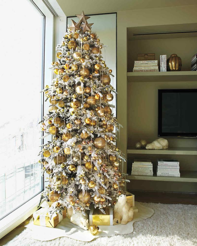 pinheiro natalino dourado