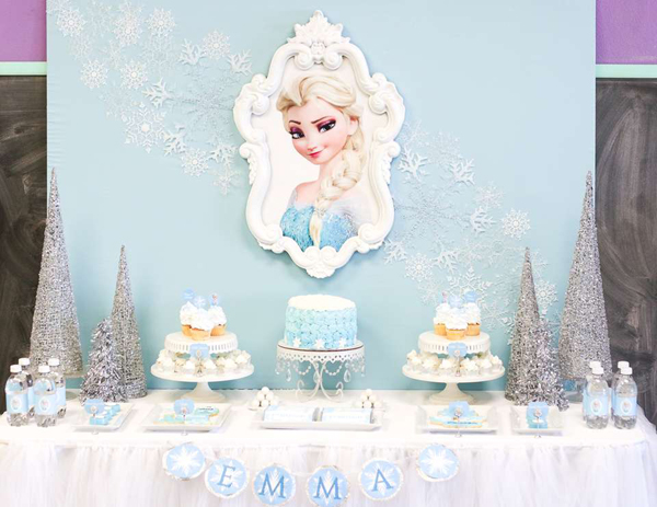 festa Frozen quadrinho