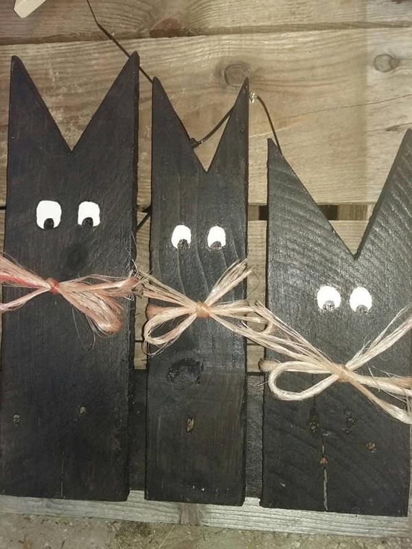 Artesanato em madeira gatos