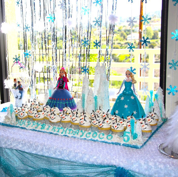 festa Frozen na janela