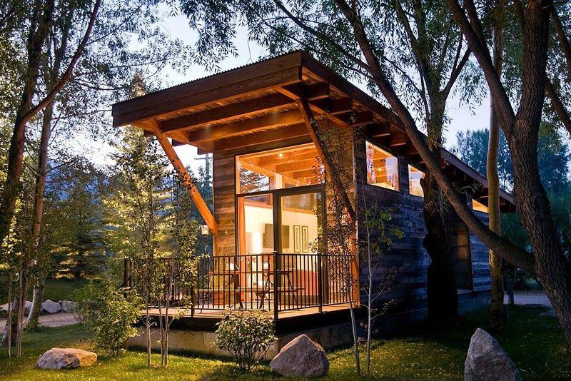 casa com madeira longa