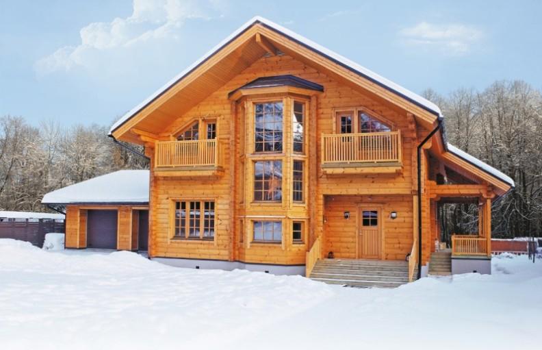 casa com madeira duplex